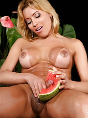 Big titty t-girl gets a melon workout