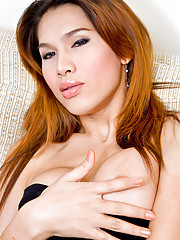 Horny tranny Jene takes her time rubbing her stick