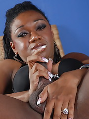 Chocolate transsexual Janet stripping and posing