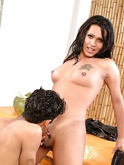 Sexy Penelope, Katia and Paolo in an amazing threesome