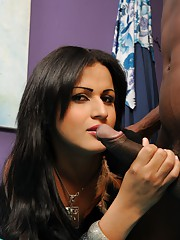 Beautiful transsexual Bruna taking Higor