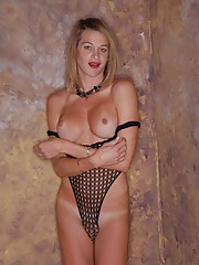 Hot transsexual Julia Reeds stripping