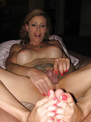 Beautiful TMILF Jasmine Jewels giving a hot footjob