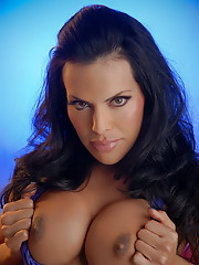 Super hot Foxxy teasing with her beautiful cock and tits