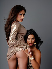Super hot tgirls Vaniity and Mia blowing each other