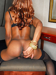 Petite black tranny with a lovely body