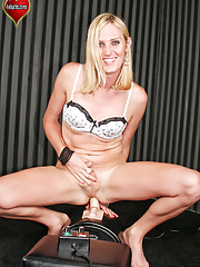 The sybian gave TS Lucia the ride of her life
