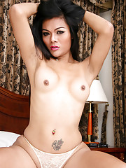 Sexy ladyboy shows off hot body
