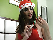 Kinky tranny uses candy cane on ass