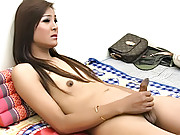 Masturbating ladyboy shoots off her jizz load