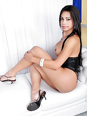 Shemale star Bruna showing off her thick cock