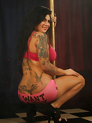 Sweet tgirl Stephany stripping by the pole