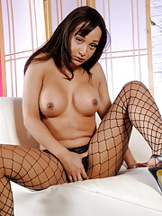 Hot Sunshyne plays with herself in fishnet