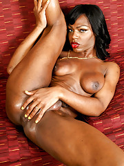 Sexy tall ebony T-girl