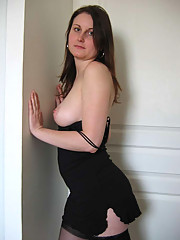 Pictures of random MILFs posing sexy