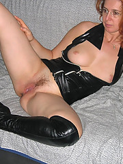 Various photos of naughty and sexy MILFs