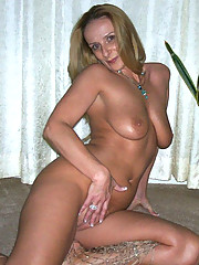 Photos of sexy amateur wives posing nude