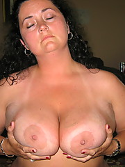 Sexy wife showing everything and sucking cock