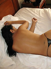 Latina hottie poses in lingerie and gets naked in a hotel room