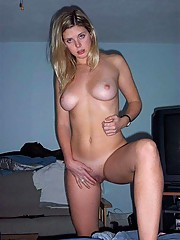 Jesse fucking and playing with her pussy