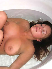 Picture collection of sizzling chicks with huge juggs