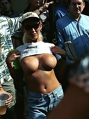 Picture collection of hot chicks with nice breasts