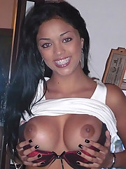 Photos of pretty babes with large tits