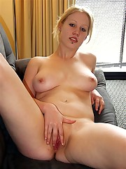 Big-tittied blonde babe