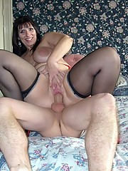 Mature cutie can still pose and look sexy cause they love the cock.