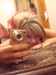 Pictures of a petite blonde camwhoring in her room