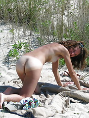 Sexy beach babes get naked