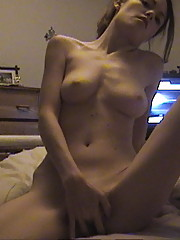 Hot webcam brunette masturbating