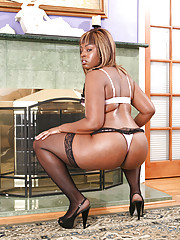 Lailonni Ballixxx is another outstandingly good cocksucker.  She always closes her eyes in bliss as she opens wide and takes every throbbing inch of a cock down her throat.  Lailonni can get any cock ready to burst in no time but she likes to work it in o