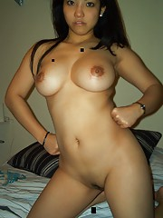 asian chick with fine curvy body shows off her nice tits
