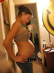 Homemade fresh pictures of hot pregnant girlfriends having hard sex