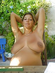 Fresh pictures of real girlfriend giving oral