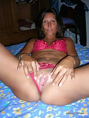 Pictures of a hot and sleazy amateur MILF