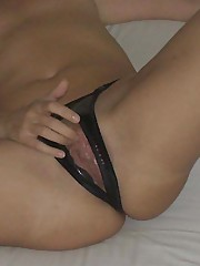 Picture collection of babes masturbating on cam