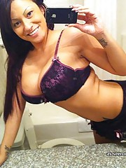 Picture gallery of a Latina bombshell