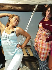 5 horny college tees fuck eachother in these amazing real dorm room sex party footage pics