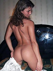 Photos of a gorgeous MILF showing off her hot ass