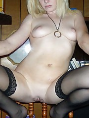 Picture gallery of an amateur naked wife exposing her cunt