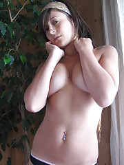 Picture collection of a group of busty girlfriends