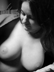 Pictures of a busty amateur chick in black and white
