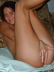 Picture gallery of amateur horny babes masturbating