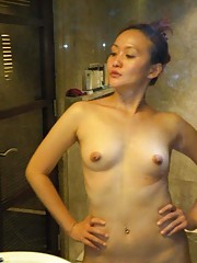 Picture gallery of two sexy naughty amateur Singaporean hotties