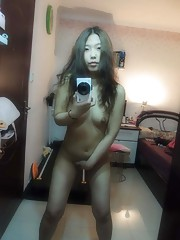 Photo compilation of a naked camwhoring Thai babe