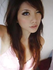 Picture collection of a group of hot Singaporean GFs