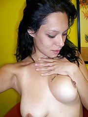 Photo gallery of an amateur naked Latina babe camwhoring