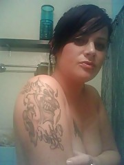 Picture gallery of an amateur hot-assed tattooed emo babe